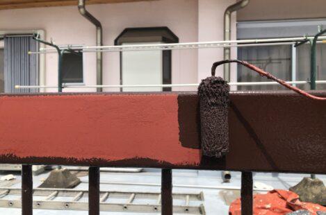 外壁塗装 春日井市 家の塗り替え 手摺り 上塗り1回目
